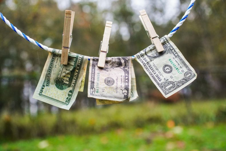 010-cash-stimulus-hang-us-out-to-dry-money-laundering
